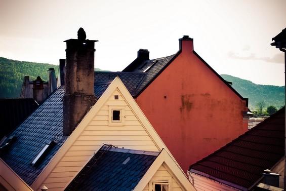 toits des maisons
