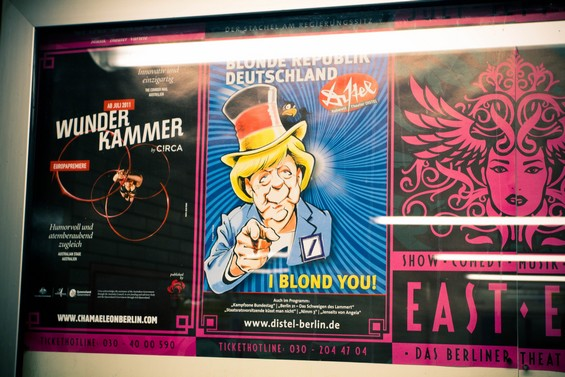 Affiches dans le métro berlinois