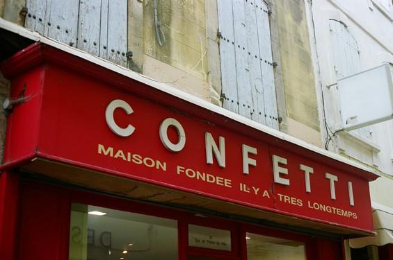 boutique confetti