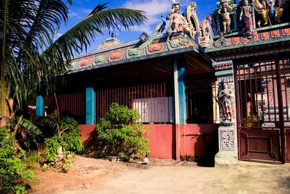 Une des entrée du temple