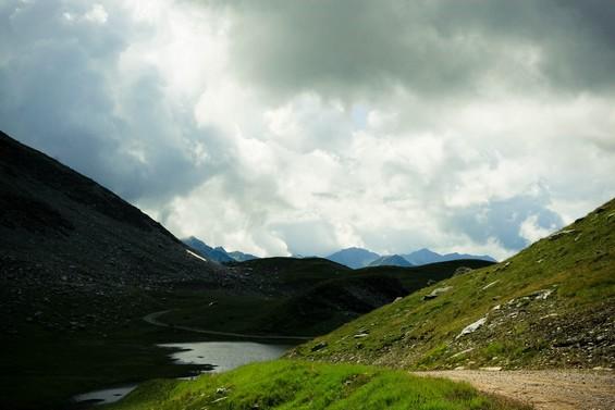 randonnée au coeur des montagnes