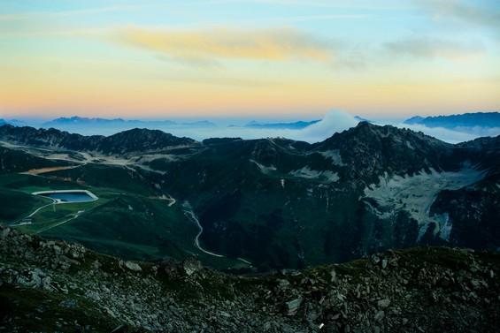 vue de la vallée depuis la Crète des Violettes.