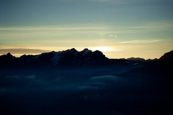 le Mont Blanc sous les premiers rayons de soleil