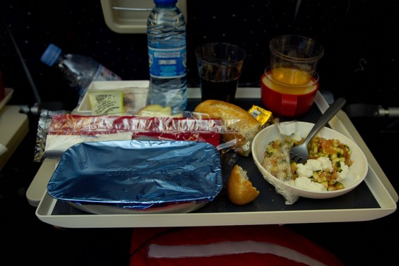 repas du midi dans l'avion