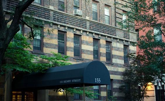 135 Henry Street