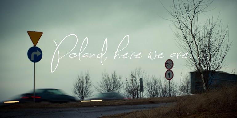 Polska, sur tes routes sinueuses je m'aventure, dans tes vastes forêts je m'engouffre.