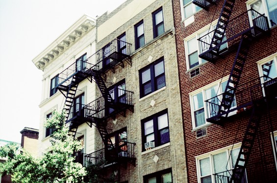 Les immeubles et les fameux escaliers de secours