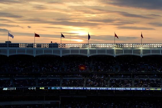 soleil couchant sur le Yankee stadium