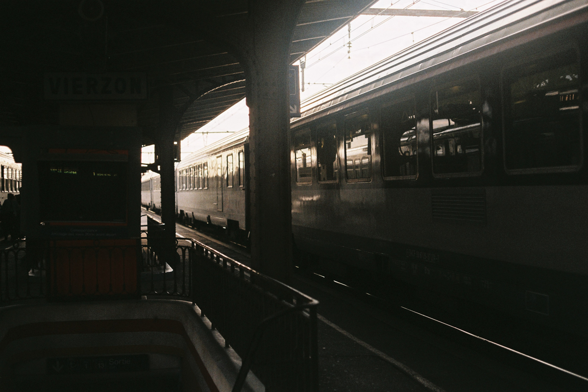 Sur les routes de France, Gare, France