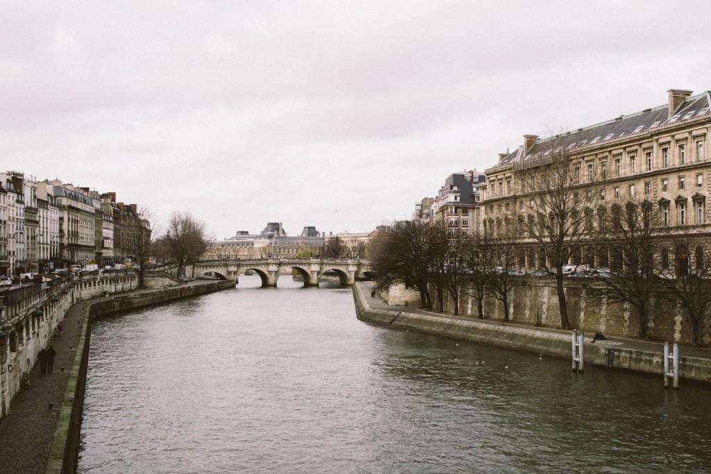 Balade parisienne , Île de la cité