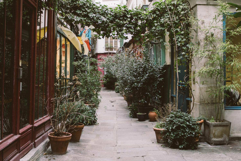 Balade parisienne , Passage de l'Ancre