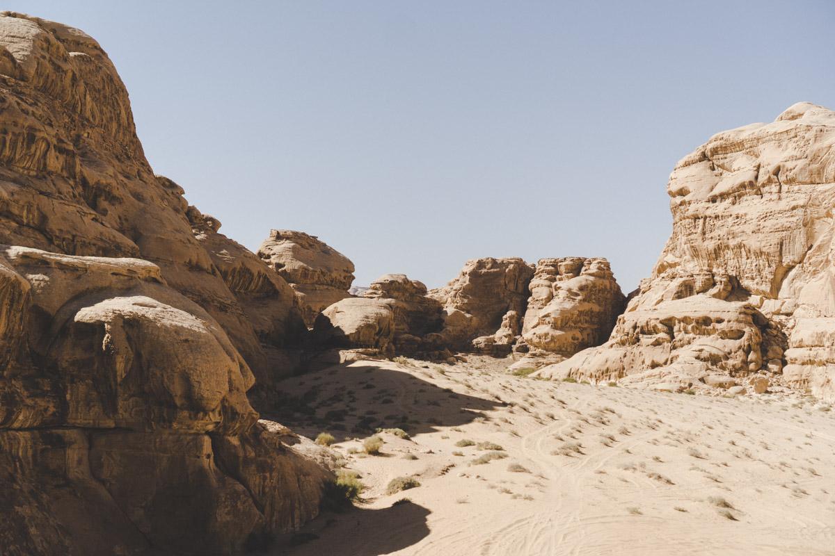 Explorer le désert du Wadi Rum, Um Frouth rock arch