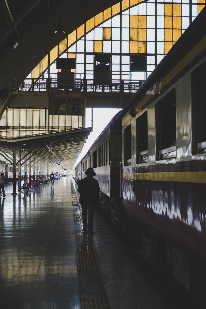 2 jours à Bangkok, Hua Lamphong : la gare centrale.